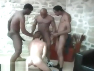 12.5INCH MAX LA MENACE GETS SUCKED WHILE HIS 2HUNG FRIENDS TAG WHT BOTTOM