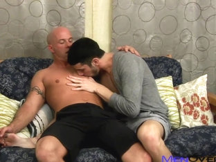 MenOver30 Video: Steeling a Kiss