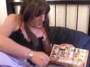 Mature crossdresser eats a whore