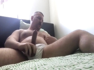 bear jerking while using poppers