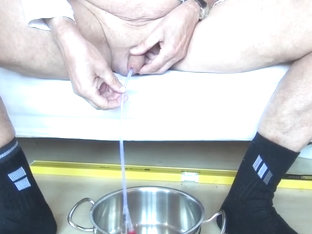 inserting an 18 ch (6mm diameter) catheter