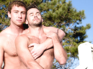 Connor Maguire & Mike Demarko in Guys Kissing Guys Video