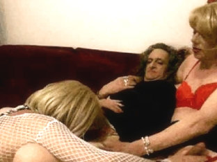 Cyndee and her friends sucking