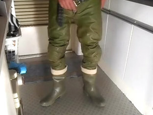 nlboots - green leather trousers green boots