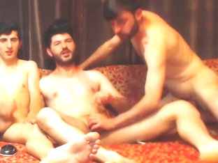 Hot Turkish BB threesome