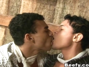 Beefy Amatuer Gay Fuck Hard by Hunk Horny Gay