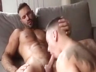 Hot Muscle Guy Jerkoff