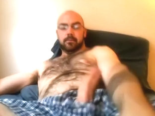 Sexy boyfriend is frigging in the guest room and memorializing himself on computer webcam
