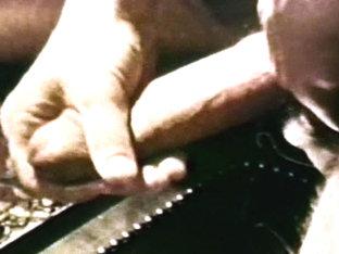 VintageGayLoops Video: Handy Job