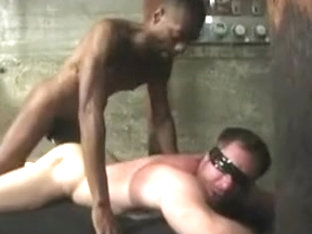 Two Muscle Hunks Fucking