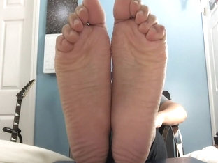 Would you tickle torture my bare soles?