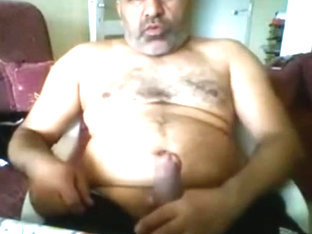 Turkish Daddy on webcam