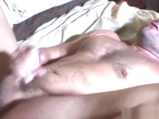 Masculine muscle bear assfucked by hunky top