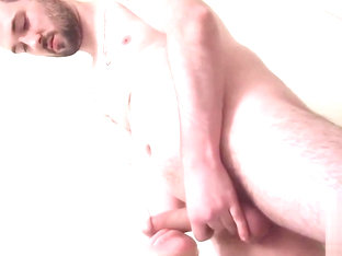 Supposedly straight guy fucking a fleshlight solo