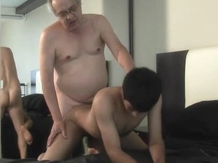 [O4M] Grandpa dating with young boy