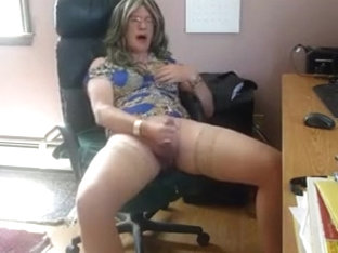 Sexy skirt and poppers