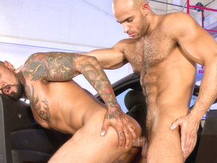 Boomer Banks & Sean Zevran in Auto Erotic, Part 2 Video