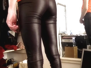 Tight shiny spandex lycra leggings
